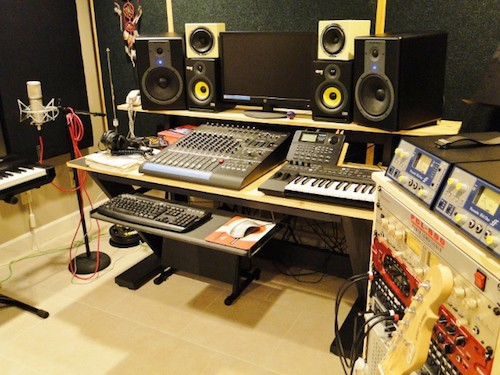 5 awesome recording studio desk plans on a budget for Home studio plans